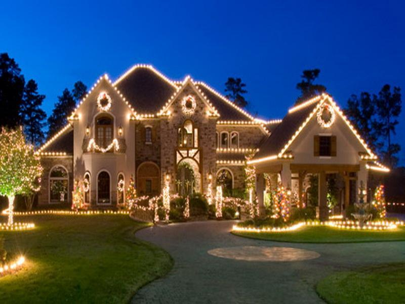 Decorated Homes For Christmas selling your home during the holidays - the sales team henderson
